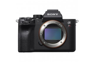 Sony Alpha 7R Mark IV Body (IN STOCK) (10% Cashback - valid end Oct)